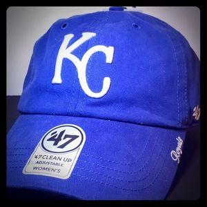 Women's Kansas City Royals hat NWT baseball